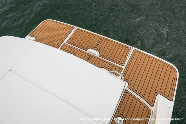 2022 Sea Ray boat for sale, model of the boat is 230SPX & Image # 10 of 12