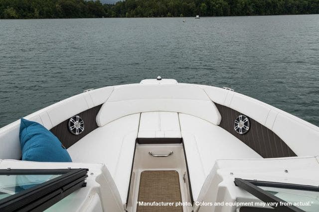 2022 Sea Ray boat for sale, model of the boat is 230SPX & Image # 12 of 12