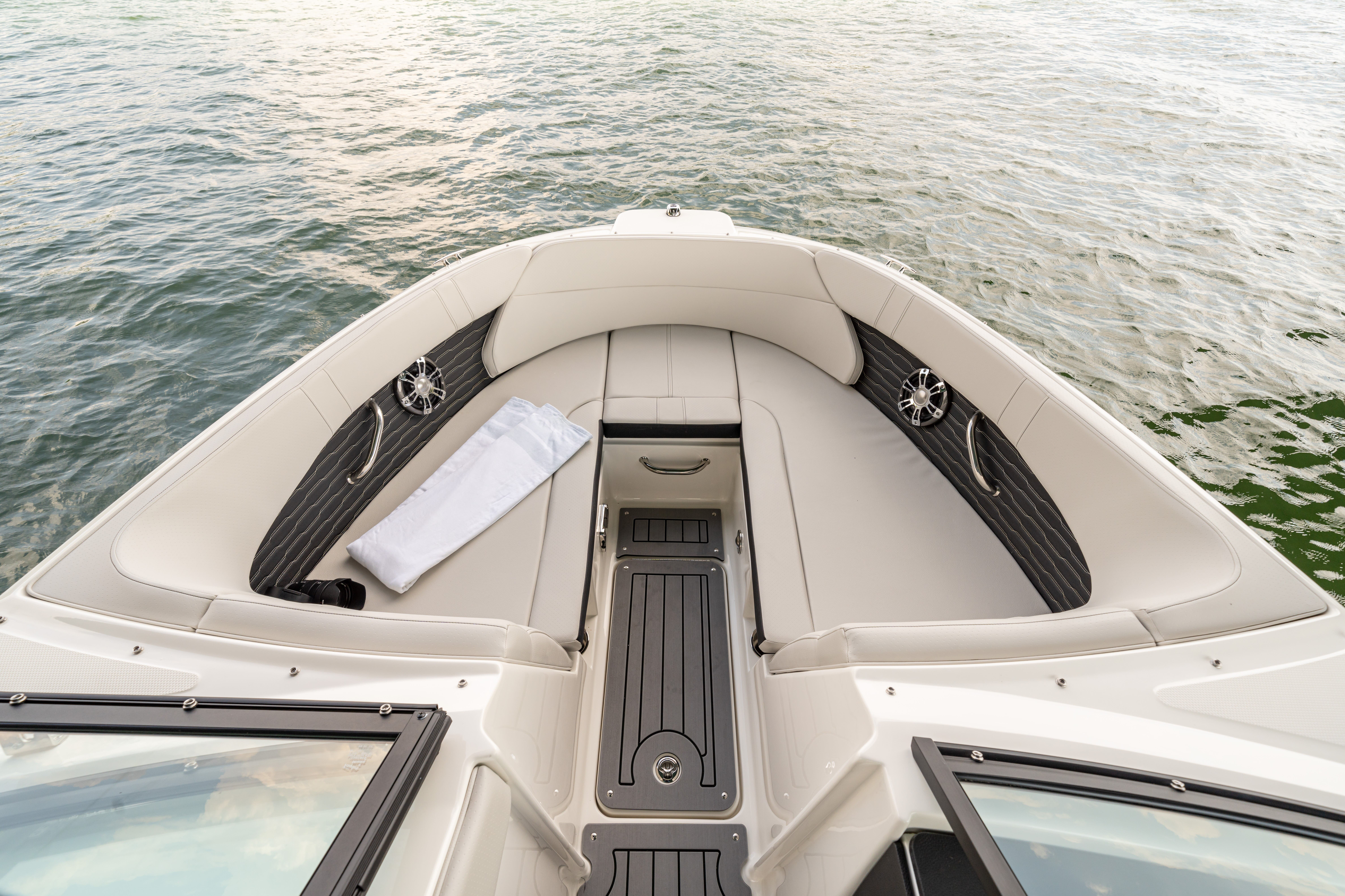 2022 Sea Ray boat for sale, model of the boat is 230spxo & Image # 6 of 6