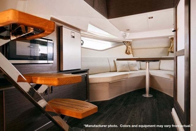2022 Sea Ray boat for sale, model of the boat is 320DA & Image # 7 of 10