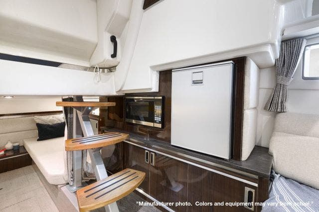 2022 Sea Ray boat for sale, model of the boat is 320DA & Image # 8 of 10