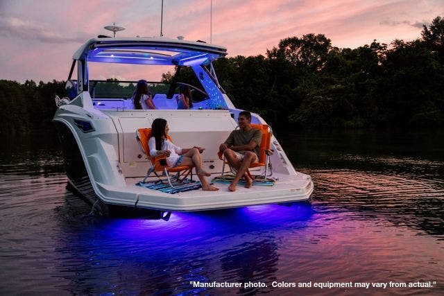 2022 Sea Ray boat for sale, model of the boat is 320DA & Image # 9 of 10