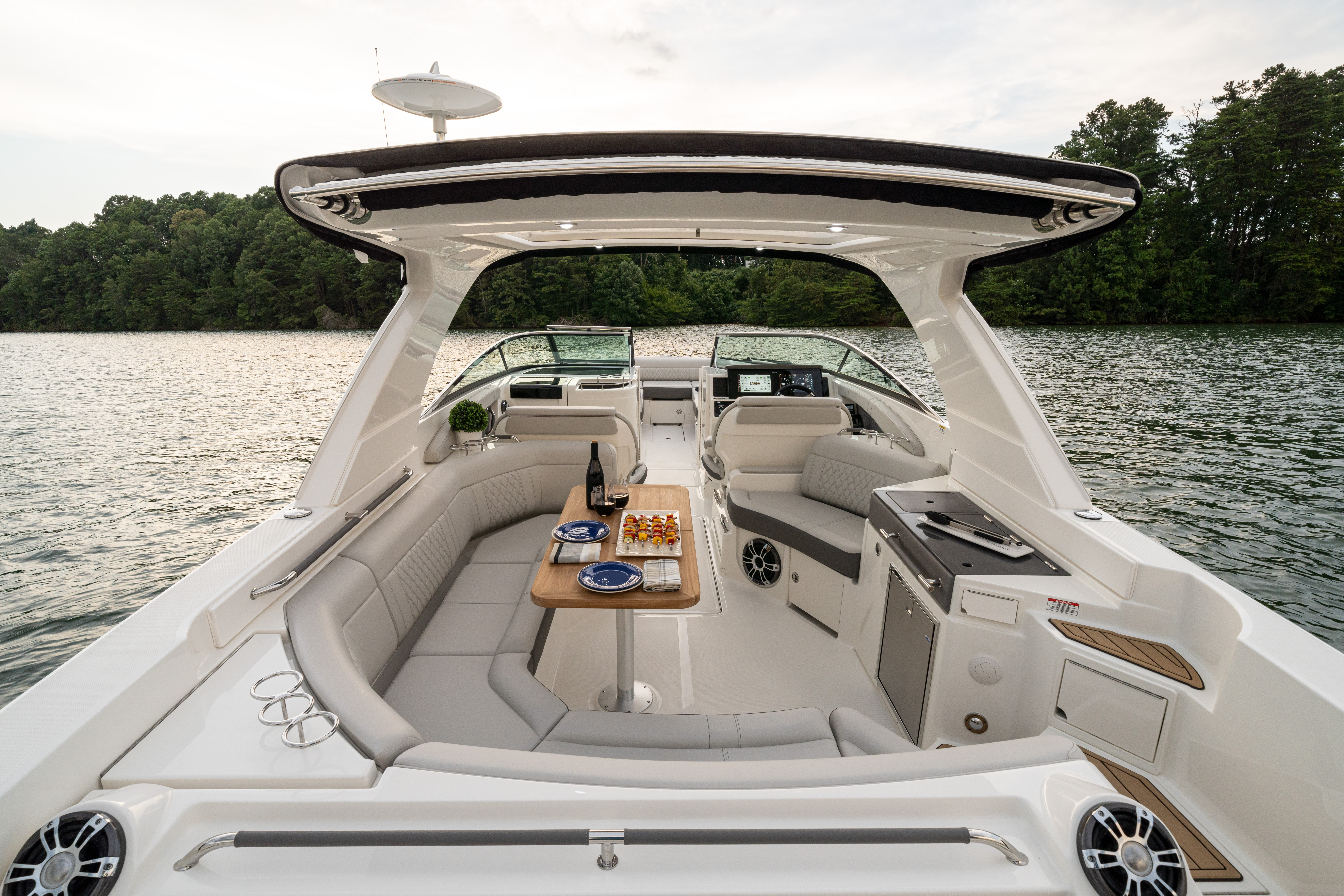 2022 Sea Ray boat for sale, model of the boat is 350slx & Image # 9 of 11
