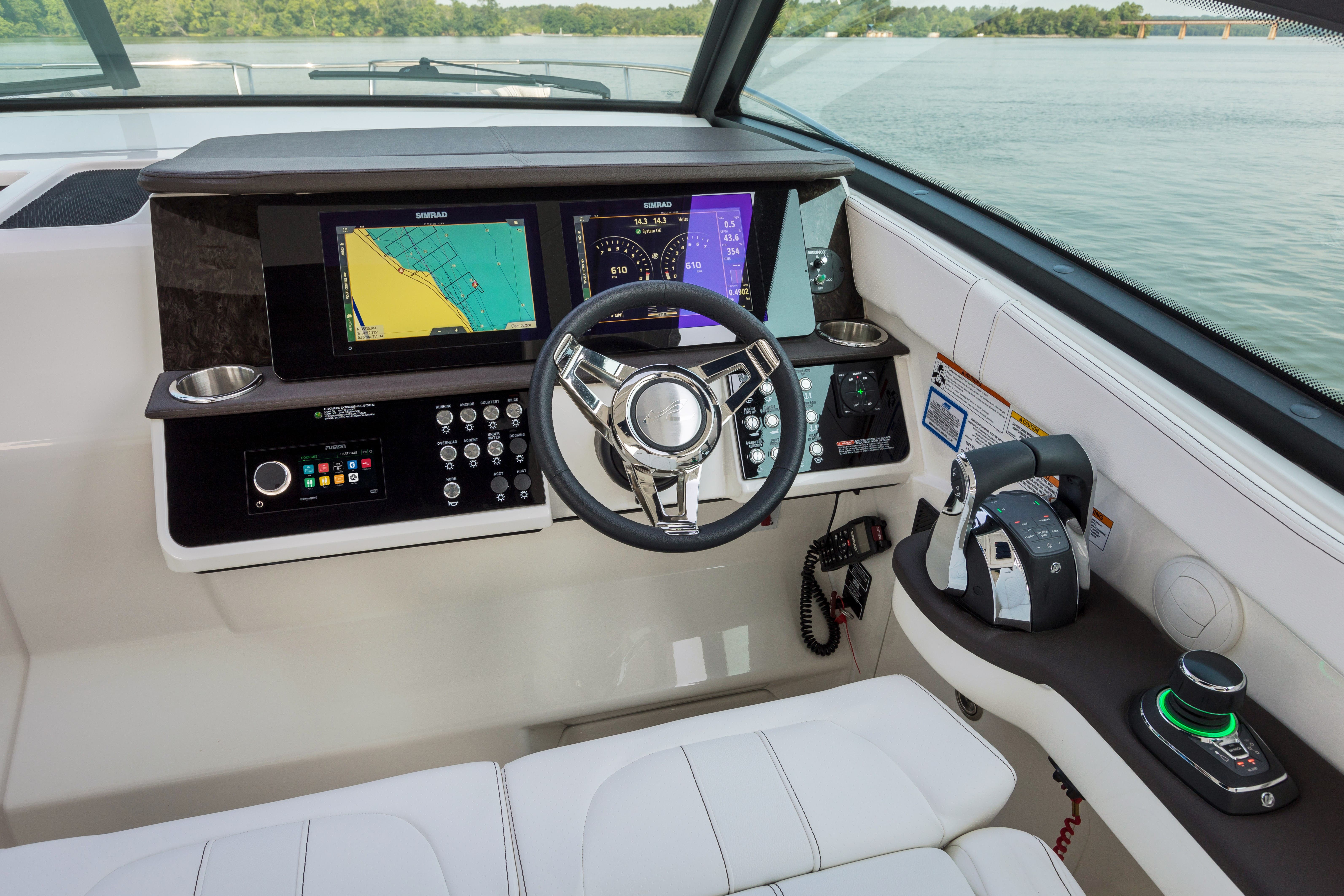 2022 Sea Ray boat for sale, model of the boat is 370DAO & Image # 3 of 8