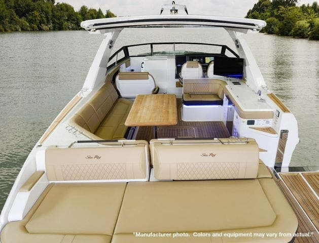 2022 Sea Ray boat for sale, model of the boat is 400SLX & Image # 4 of 11
