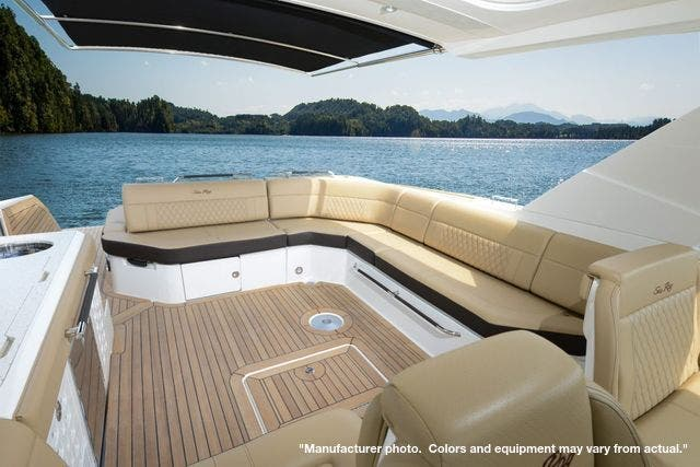 2022 Sea Ray boat for sale, model of the boat is 400SLX & Image # 6 of 11