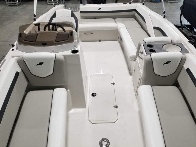 2022 Starcraft boat for sale, model of the boat is 191SVX/OB & Image # 8 of 18
