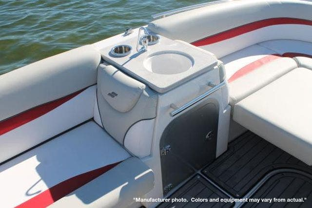 2022 Starcraft boat for sale, model of the boat is 221STARSTEP/IO & Image # 4 of 10