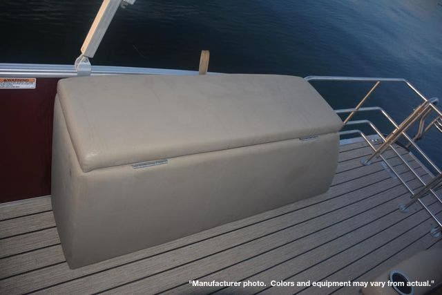 2022 Starcraft boat for sale, model of the boat is CX23DLTT & Image # 12 of 16