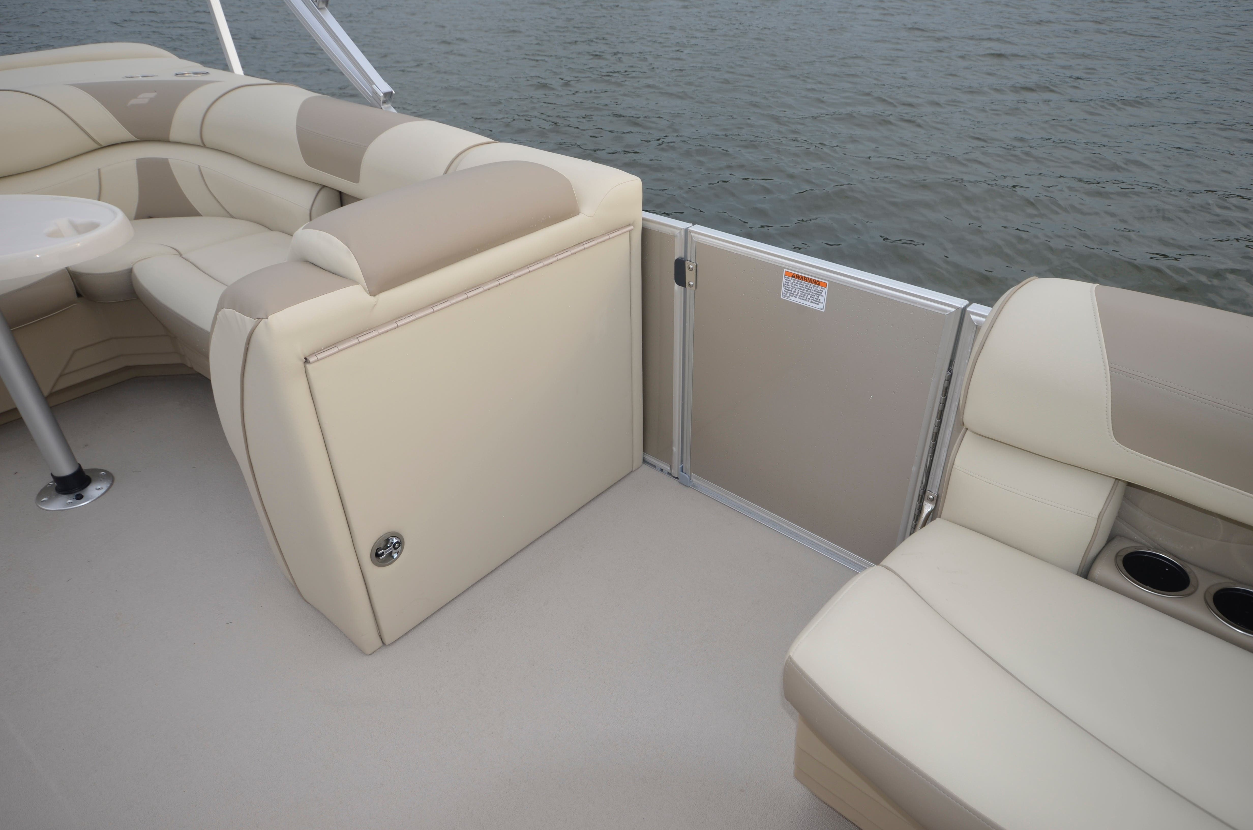 2022 Starcraft boat for sale, model of the boat is EX 20C & Image # 9 of 13