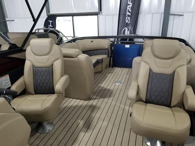 2022 Starcraft boat for sale, model of the boat is SLS3TT & Image # 4 of 12