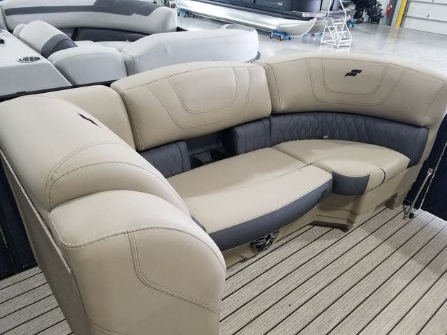 2022 Starcraft boat for sale, model of the boat is SLS3TT & Image # 8 of 12