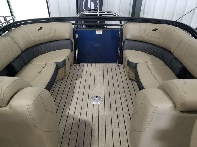 2022 Starcraft boat for sale, model of the boat is SLS3TT & Image # 10 of 12