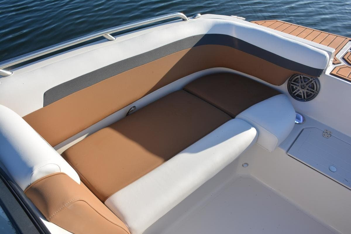 2022 Starcraft boat for sale, model of the boat is SVX 210 OB & Image # 7 of 7