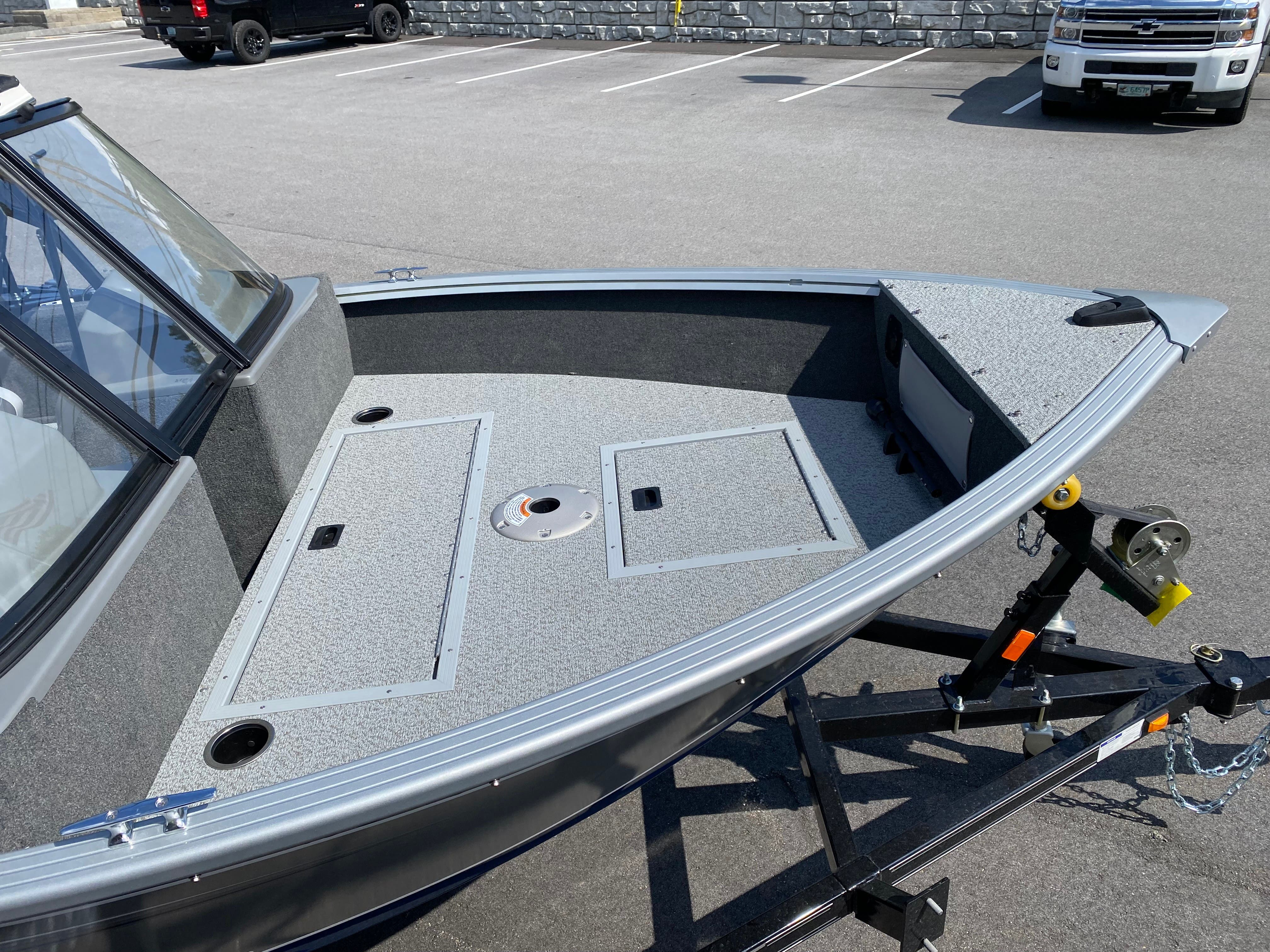 2022 Starcraft boat for sale, model of the boat is Stealth 166 DC & Image # 6 of 9