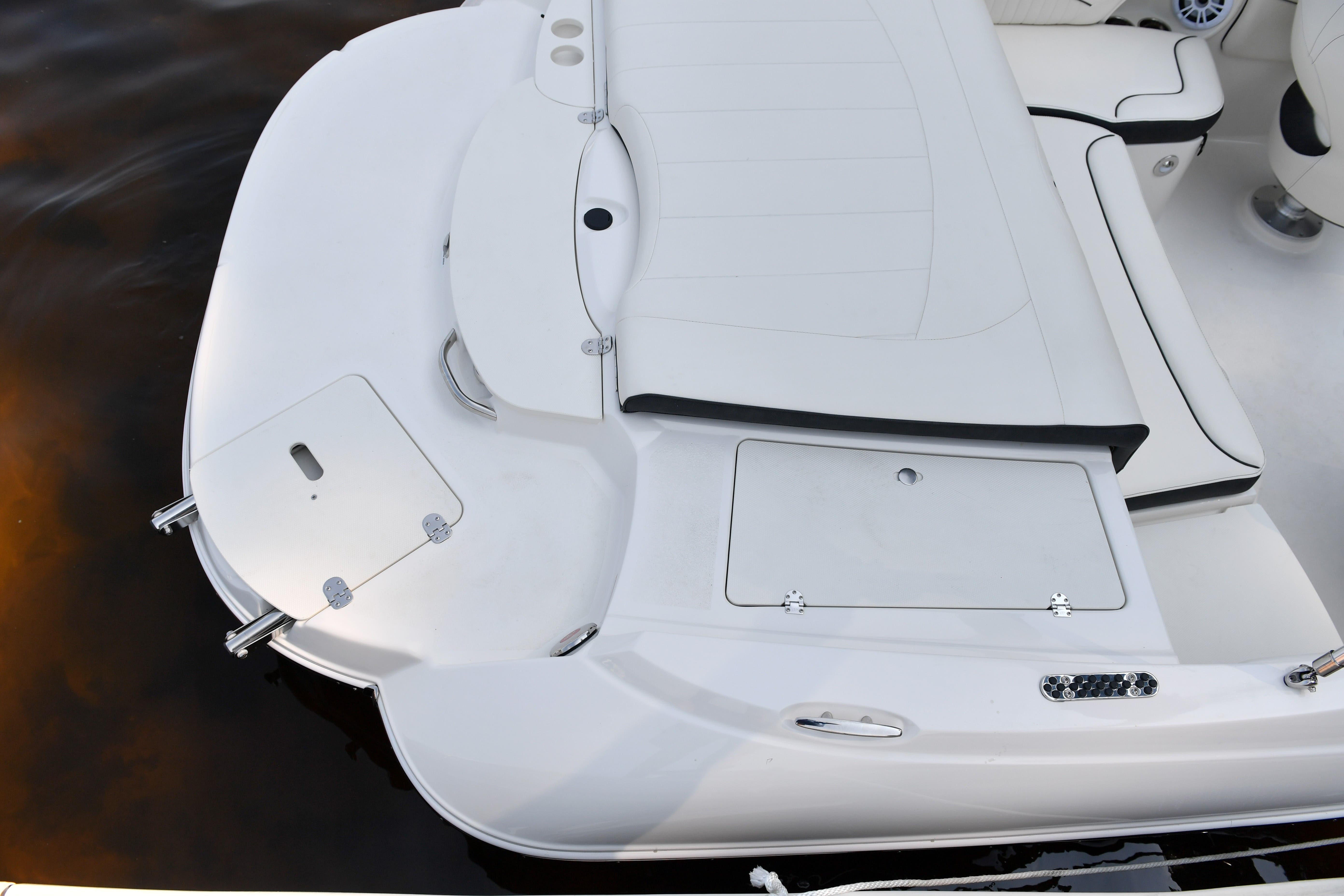 2022 Stingray boat for sale, model of the boat is 208LR & Image # 12 of 13