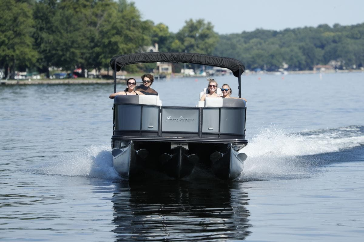 2022 SunChaser boat for sale, model of the boat is GENEVA 22LR DH & Image # 3 of 4