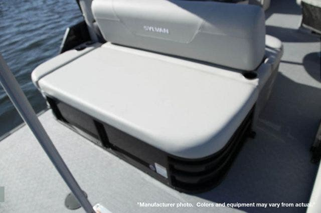 2022 Sylvan boat for sale, model of the boat is 24-Mirage X5 TT & Image # 3 of 5