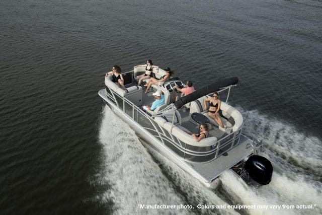 2022 Sylvan boat for sale, model of the boat is 8522MirageLZ & Image # 4 of 17