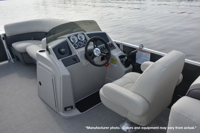 2022 Sylvan boat for sale, model of the boat is 8522MirageLZ & Image # 9 of 17