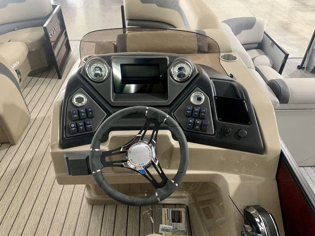 2022 Sylvan boat for sale, model of the boat is L3CLZDH & Image # 6 of 9
