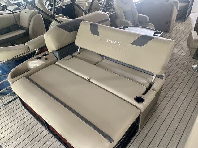 2022 Sylvan boat for sale, model of the boat is L3CLZDH & Image # 8 of 9
