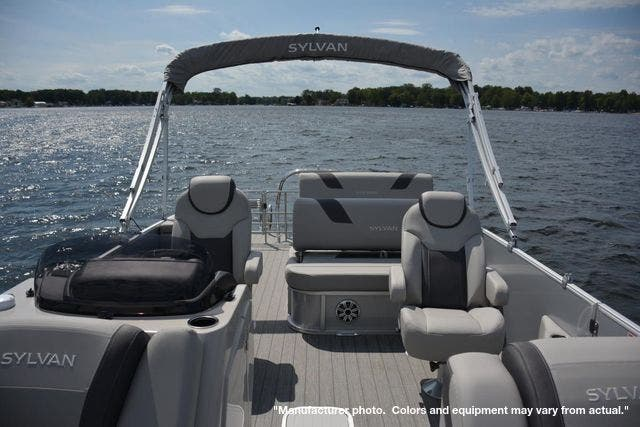 2022 Sylvan boat for sale, model of the boat is L3DLZ & Image # 3 of 11