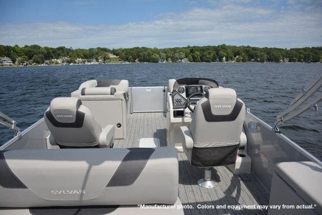 2022 Sylvan boat for sale, model of the boat is L3DLZ & Image # 4 of 11