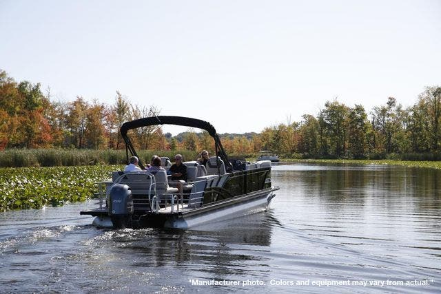 2022 Sylvan boat for sale, model of the boat is L5DLZ & Image # 3 of 16