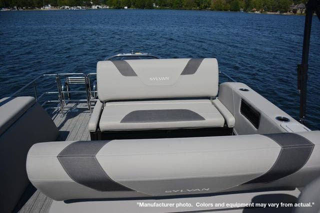 2022 Sylvan boat for sale, model of the boat is L5DLZ & Image # 10 of 16